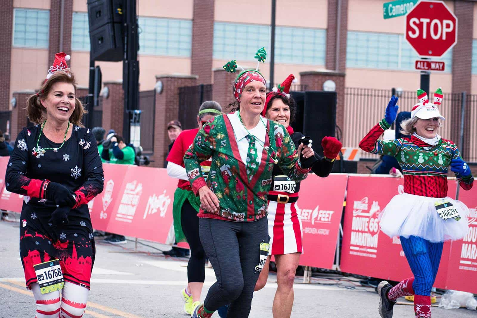 Give a gift registration and get yourself a running partner in the process!